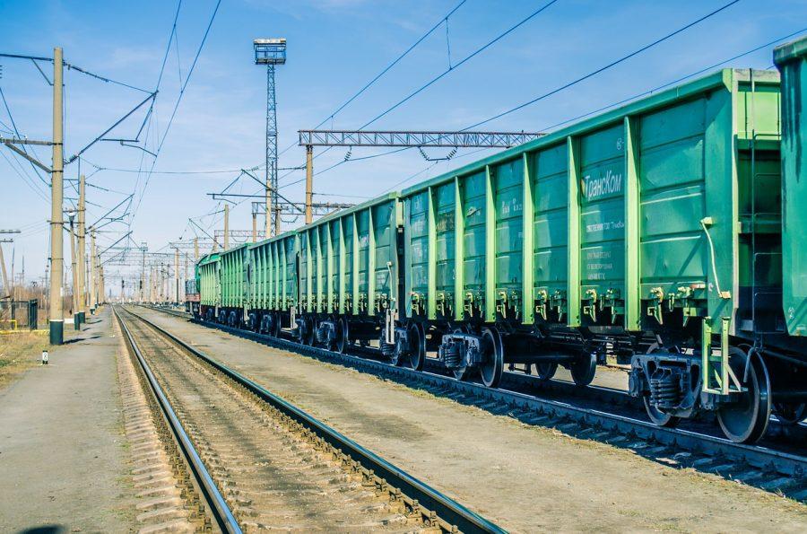 Заявки Новосибирской области навагоны под зерно выполнены наполовину - врио губернатора