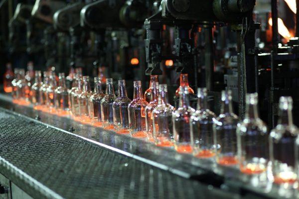 «Сибстекло» запустило пятую линию по производству облегченной бутылки