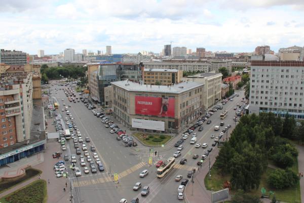 В Новосибирске начнут создавать платные парковки на улицах