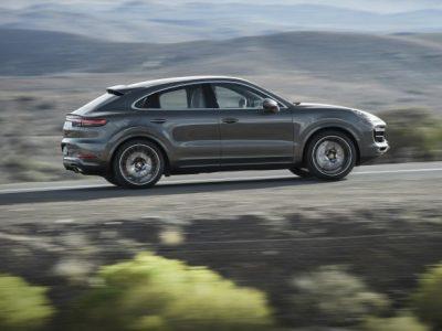 Porsche Cayenne: новосибирский дилер начал прием заказов
