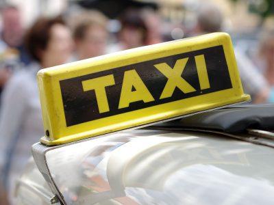 Количество вакансий для таксистов
