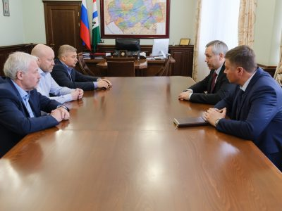 Травников поставил задачу новому тренеру хоккейной «Сибири»