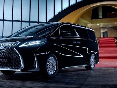 Почему лучше не сравнивать минивэны Lexus LM и Toyota Alphard?