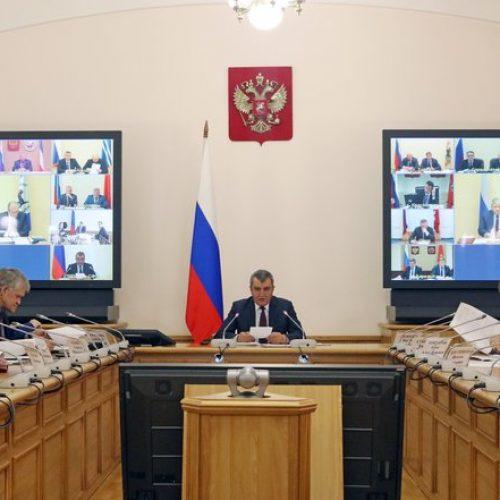 В этом году в Сибирском федеральном округе отремонтируют 7,3 тысячи домов