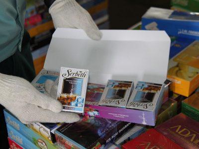 В Новосибирске изъяли из магазина большую партию табачных изделий без акцизов