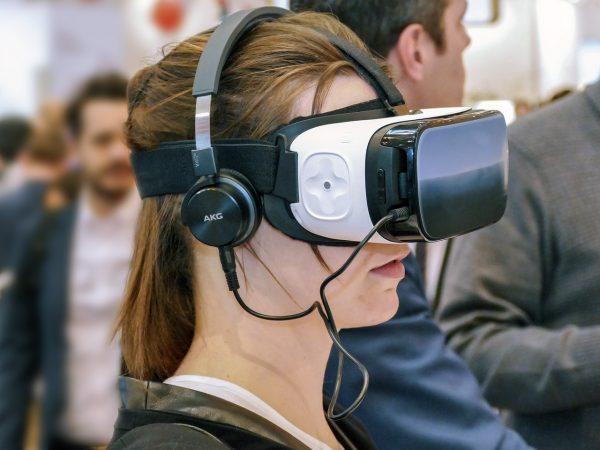 В 2018 году продажи персональных компьютеров с поддержкой VR выросли в 3 раза