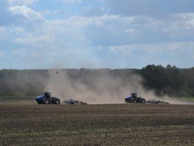 В течение трех лет новосибирские фермеры получат 130 млн рублей