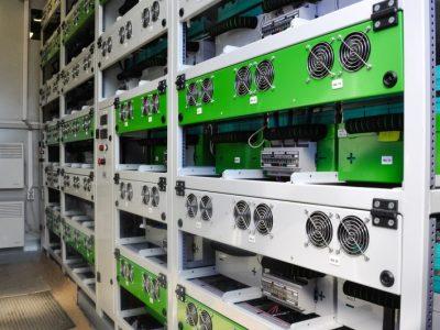 Официально завершены испытания первого российского «умного» накопителя энергии большой мощности