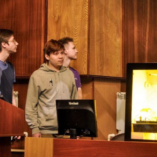Студенты НГТУ НЭТИ разработали программу для управления «умными теплицами»