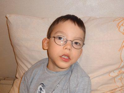 Семилетнему мальчику с ДЦП нужны деньги на курсовое лечение