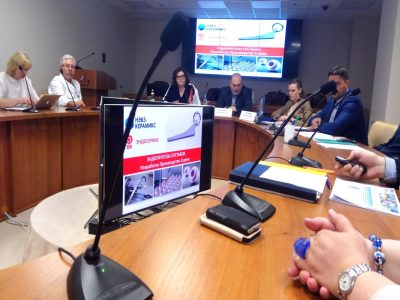 Резиденты Медпромпарка планируют увеличить поставки эндопротезов в клиники страны