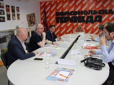 Кандидаты предлагают реформировать гортранспорт и структуру мэрии