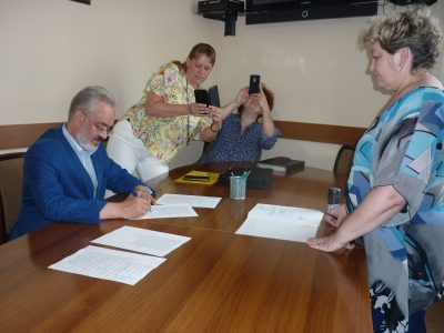 «Эсеровский» кандидат в мэры подал документы в избирком