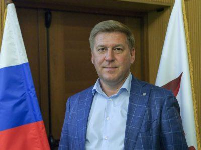 В горизбирком подал документы первый кандидат в депутаты горсовета от политической партии