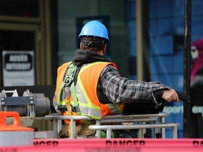 В Новосибирске строители заняли первое место по востребованности у работодателей
