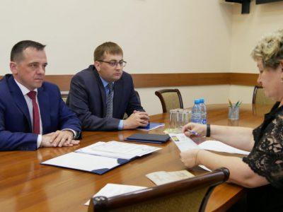 Второй депутат горсовета зарегистрировался кандидатом в мэры