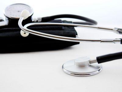 Область «заказала» больше медиков