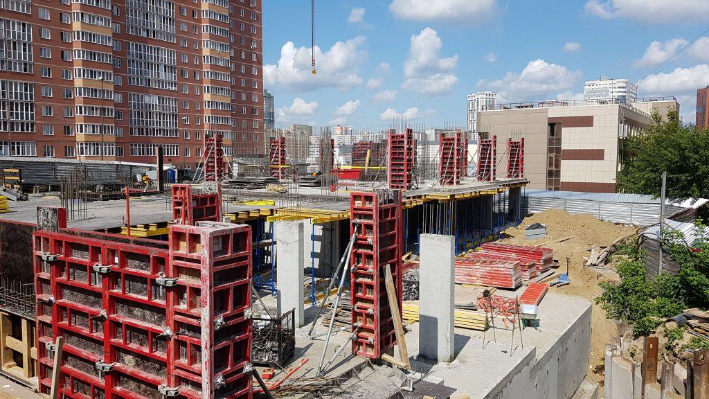 Стройплощадка Дома на Федосеева