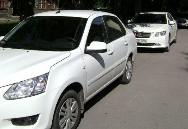 Lexus и Toyota Camry попали в бюджетные рейтинги региона