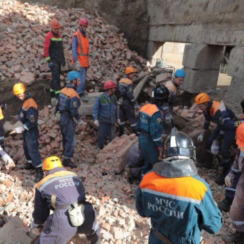 Поисковые работы на месте обрушения здания в Новосибирске завершены