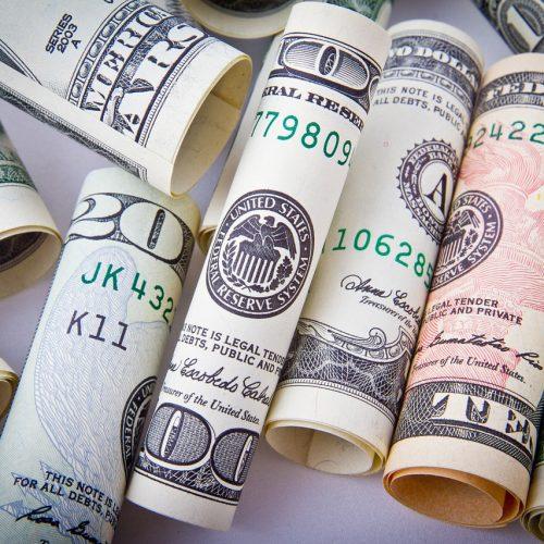 Новосибирская таможня выявила валютные махинации на 3 млрд рублей