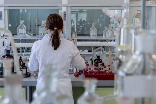 Институты СО РАН обновят научное оборудование почти на миллиард рублей