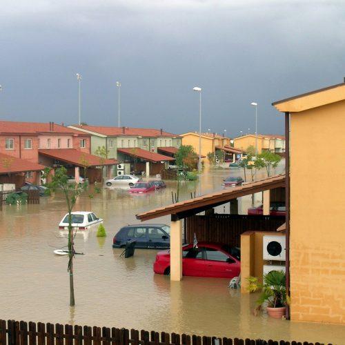 С 4 августа вступит в силу закон о страховании жилья от ЧС