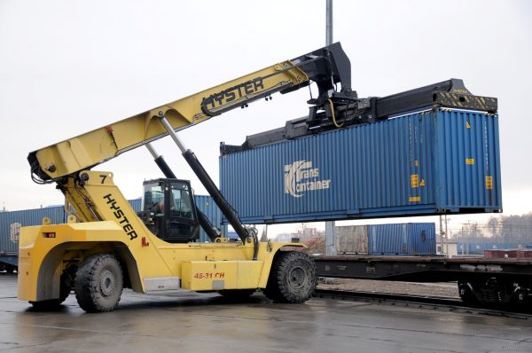 Перевозки контейнеров на ЗСЖД выросли на 14,3%