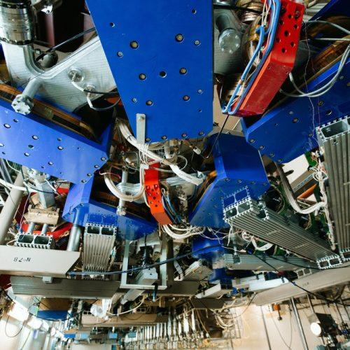 Новое оборудование для экспериментов в области синхротронного и терагерцового излучения появится в Новосибирске