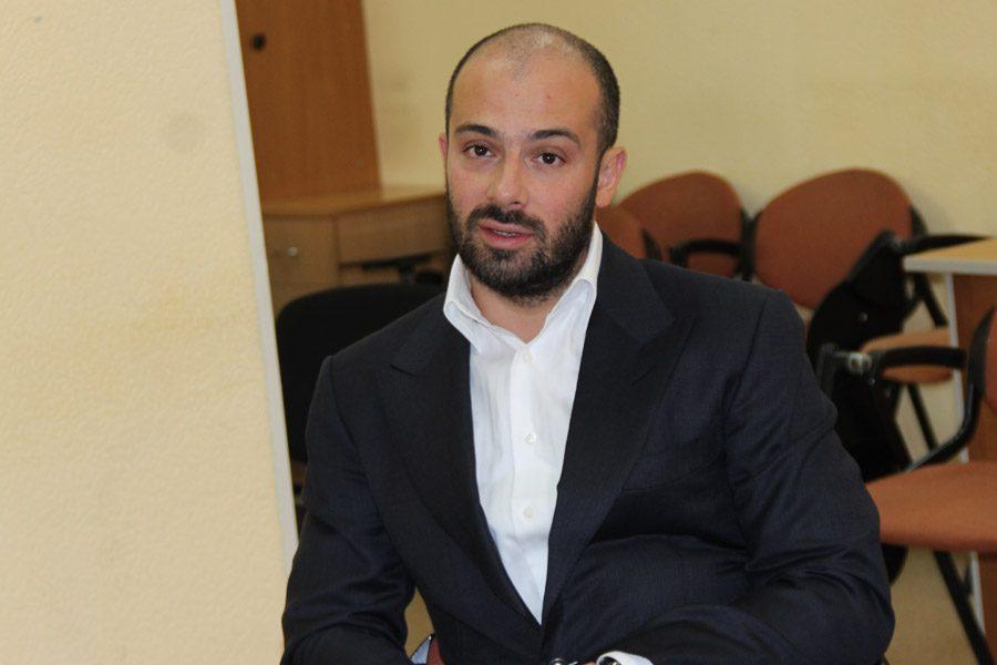 Ректор Московского института психоанализа, кандидат экономических наук Лев Сурат