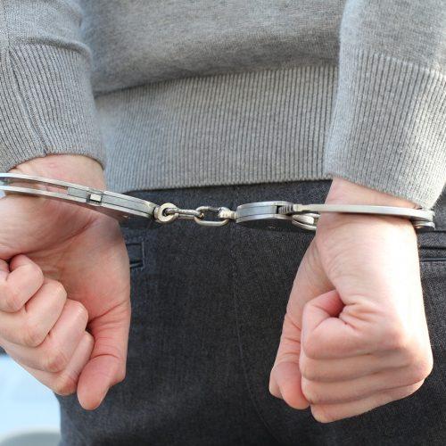 Адвокат приговорен к пяти годам лишения свободы за мошенничество с недвижимостью