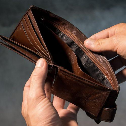 В Новосибирской области просроченная задолженность по зарплате снизилась до 49,8 млн рублей