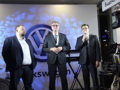 Volkswagen решил «подогреть» рынок в Новосибирске
