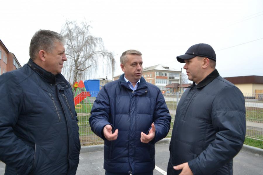 Депутатам Новосибирского района представили будущего главу