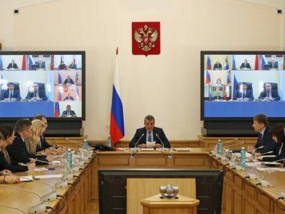 В полпредстве обсудили подготовку к участию регионов Сибири в Российском инвестиционном форуме