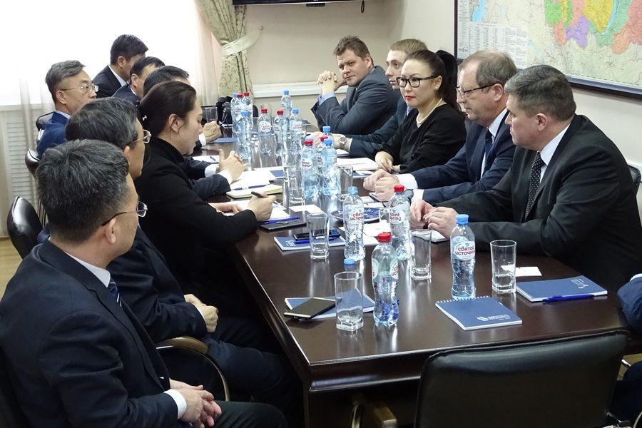 В Циндао появится центр для сотрудничества китайского и сибирского бизнеса