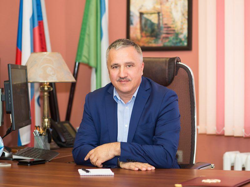 Литвинов