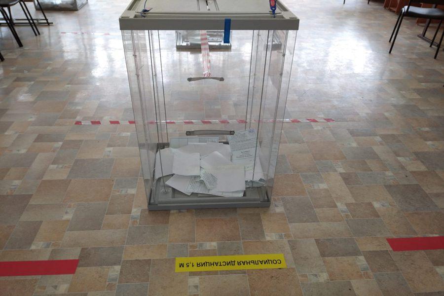 Честные выборы через админресурс?