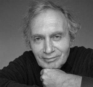 В Новосибирске скончался актер театра «Красный факел» Григорий Шустер