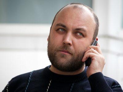 Пётр Шкуматов, эксперт в сфере автострахования и координатор движения «Общество Синих Ведёрок»