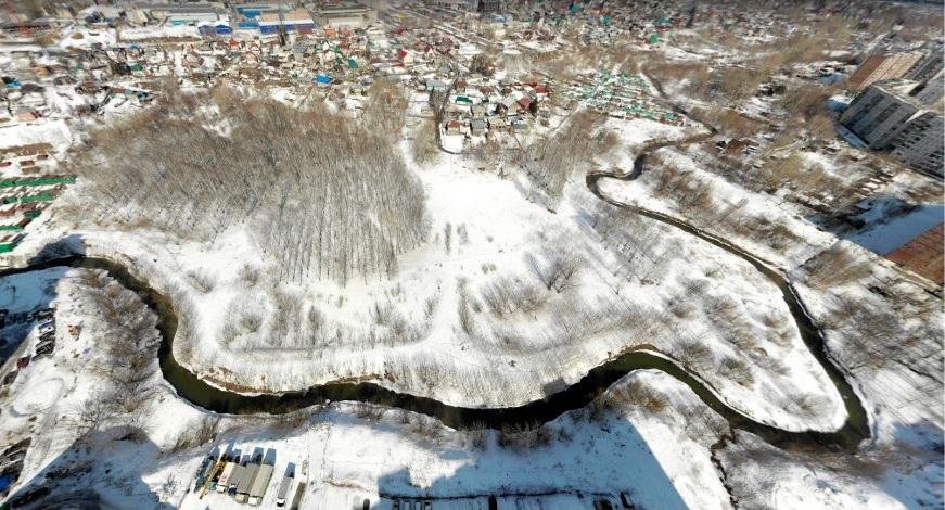 Строительный мусор в пойме Каменки сменит алтайский пейзаж