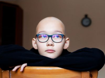 Девочке из Новосибирска срочно необходима протонная терапия