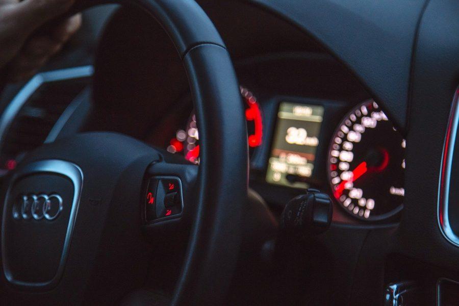Треть новосибирцев планировали в 2020 году купить автомобиль, но отложили покупку