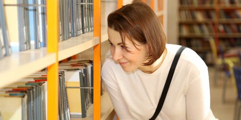 Посетителям библиотек разрешили выбирать книги самостоятельно