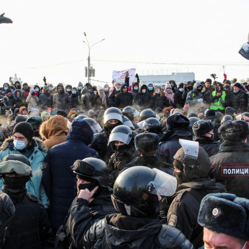 Курс на маргинализацию депутатов-оппозиционеров продолжается