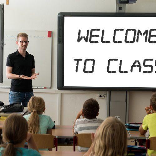 Все новосибирские школьники начнут третью четверть в очном режиме