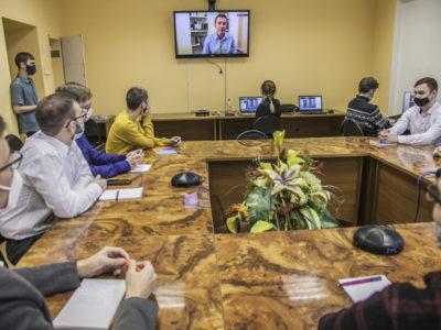 Цифровая эволюция: топ-менеджер «Ростелекома» рассказал новосибирским студентам о технологических трендах