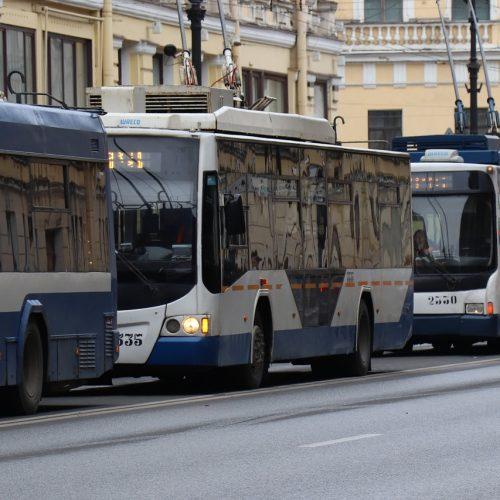 Новосибирск запаздывает с реформированием общественного транспорта