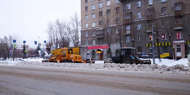 Сергей Меняло призвал область помочь Новосибирску с вывозом снега