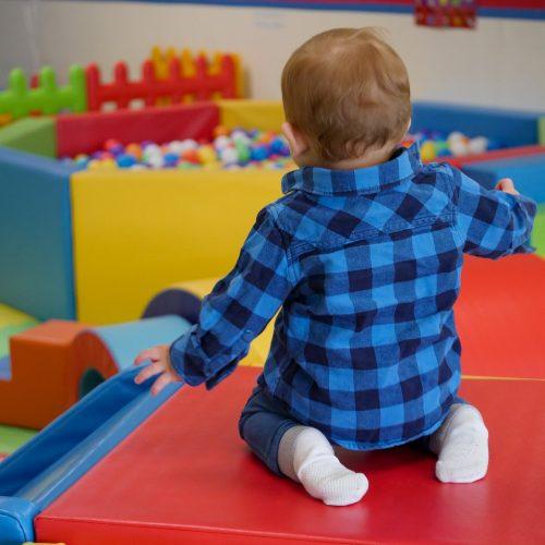 В 15 крупных торговых центрах региона открылись детские игровые комплексы